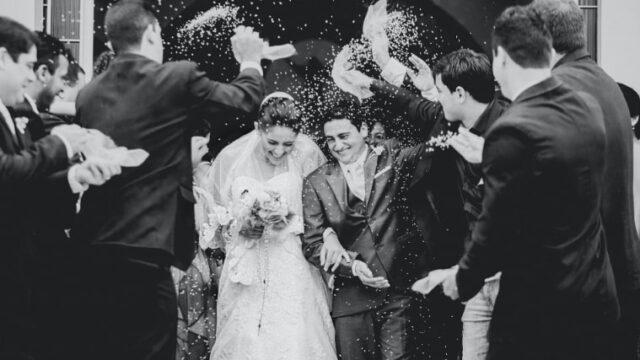 結婚式は無駄なのか?結婚式の歴史と現代における向き合い方